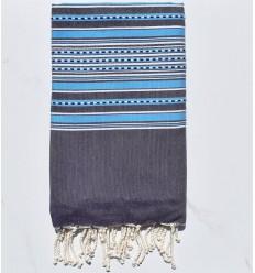 Strandtuch Arabeske dunkel lila mit blauen Streifen
