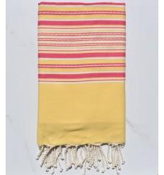 Strandtuch gelbe Arabeske mit rosa Streifen