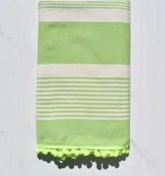 Strandtuch Creme und grüne Fouta mit Pompons