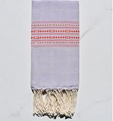 Strandtuch thalasso heller Lavendel mit roten Mustern